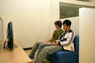 http://i.lanyang.tku.edu.tw/lanyang/images/Lib_05.JPG